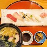 Woriduru - にぎの寿司セット 1,300円