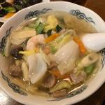 香香飯店 - 五目タンメン