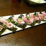 鮪ともつ焼き shigi36 - 八雲牛の手巻寿司2017.5月