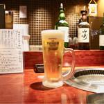 板前焼肉 一笑 - 生ビール