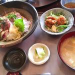 銀座 和らん - ゴマだれ海鮮丼