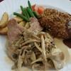 レストランフジモリ - 料理写真:豚ヒレのきのこクリームソースとメンチカツ。