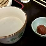 66830715 - 蕎麦湯(梅干し付)
