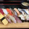 ジャンボおしどり寿司 - 料理写真: