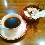 キッチン マカベ - ホットコーヒー