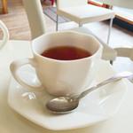 66832115 - 紅茶 450円