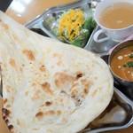 バングラキッチン - ビックリ350円ドリンク付きカレーモーニング