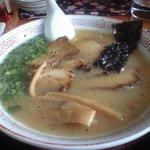 6684405 - チャ-シュー麺です。お肉が柔らか~い♪