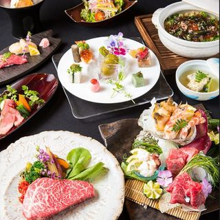 お肉と一緒に創作和食をお楽しみいただけます。
