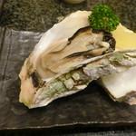 沼津魚がし鮨 二代目魚がし - いわがき(蒸し)