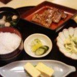 万平 - うなぎ定食1700円
