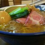 まるえ食堂 - 貝そば味玉¥900