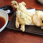 手打ち蕎麦 やの志ん - 筍とうどの天ぷら      ¥1250