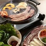 焼肉酒房 元 - サムギョプサル(鉄板)