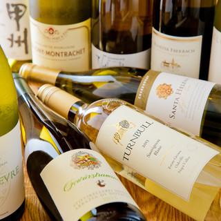 お酒も多数ご用意。コースにプラスできる飲み放題も大人気です。