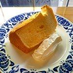 カフェ・アユ - 料理写真:シフォンケーキ!