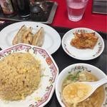 餃子の王将 - 焼き飯ランチ