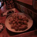 屋台バーえびちゃん - 突出しピーナッツ