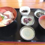 漁師料理たてやま - 料理写真:たてやま丼セット
