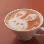 フジエダハウス - 自家焙煎のコーヒーから作るカフェ・ラテ