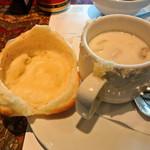 チャイカ - つぼ焼き (鶏肉とマッシュルームのクリーム煮)