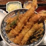 葱や平吉 - 本日の魚定食(海老天丼) 1000円。