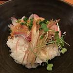 IZAKAYA Doichan - カンパチの胡麻だれ丼