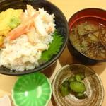 66885505 - 色丼(ウニ入り)