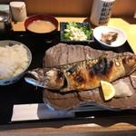 魚肴食堂 魚ふじ - 料理写真:鯖の塩焼き定食(972円税込)