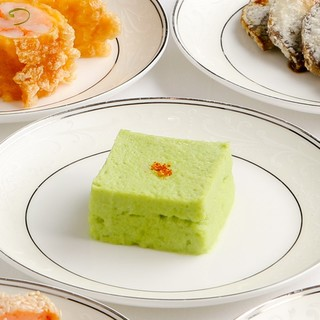 美しい色彩に深い味わい。西太后がこよなく愛した「翡翠豆腐」