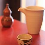 手打ちそば 花潮 -  セットの日本酒は福井の福正宗