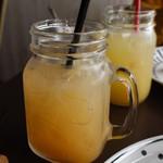 アイル キッチン - グレープフルーツジュース
