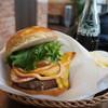 ジョーズバーガー - 料理写真:ベーコンチーズバーガー
