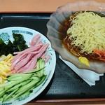 日高屋 - 期間限定 黒酢しょうゆ冷し麺 510円(税込)