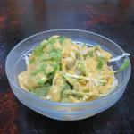 カラス - 千キャベツ、レタス、水菜、ニンジンのサラダ