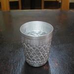 カラス - 素敵な紋様の入ったグラスのお冷