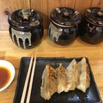 博多ラーメンひなた - セットの餃子は五個です。