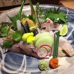 食・心 旬ぎく -  旬魚刺身の盛合せ(1人前)