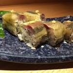 食・心 旬ぎく - 鯵の棒寿し(半分)。鯵は勿論美味いのですが、米が凄い美味いです。佐渡産だそうです。