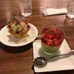 霧の森 茶フェ ゆるり - パンナコッチャ・ミニソフトクリーム抹茶ほうじ茶のミックス