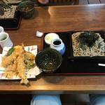 越前蕎麦 見吉屋 - 天ざるそば(b゚v`*)
