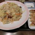 リンガーハット - 皿うどん648円&餃子259円