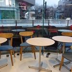 ラスト シフォン - ☆テーブル席はこんな雰囲気(^o^)丿☆