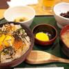 いかめしや 烹鱗 - 料理写真:八戸ばくだん みそ汁定食