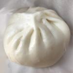 京華園 - 肉まん250円