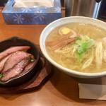 らーめん厨房 どる屋 - 鯛だし・ほっぺた焼豚麺(塩)900円