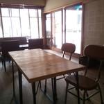 CAFE すずなり - 店内2