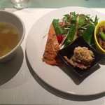 XYLONG - 麻婆豆腐ランチ 1000円の前菜とスープ