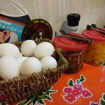 66923404 - らーめん定食は卵や漬物も食べ放題です
