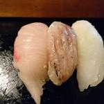 太田鮨 - 右から平目、鯵、カンパチ(17-05)